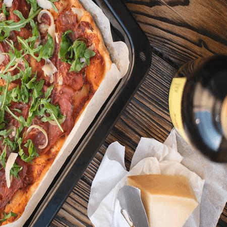 foodiesfeed.com_homemade-pizza (1)